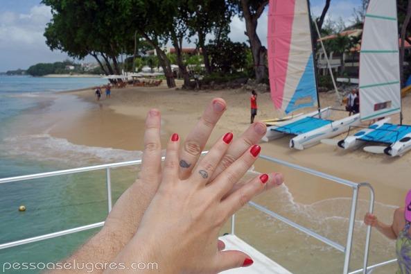 Paynes-Bay-Beach-Barbados-pessoaselugares.com_