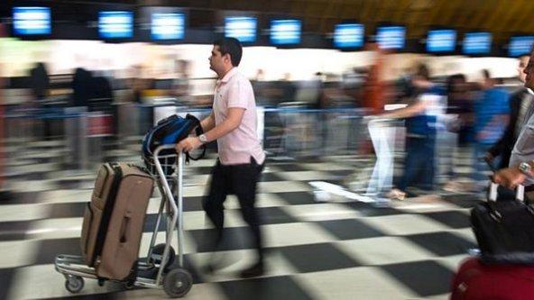 aeroporto-congonhas-passageiro-size-598