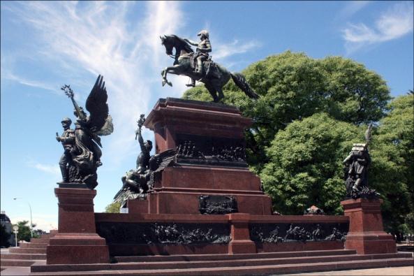 Monumento-del-Libertador-Jose-de-San-Martin
