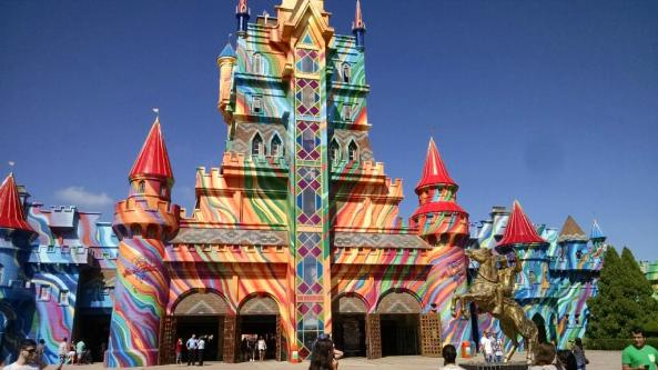 10 - beto-carrero-world